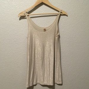 Only Hearts 💕 sparkly gold cream tank